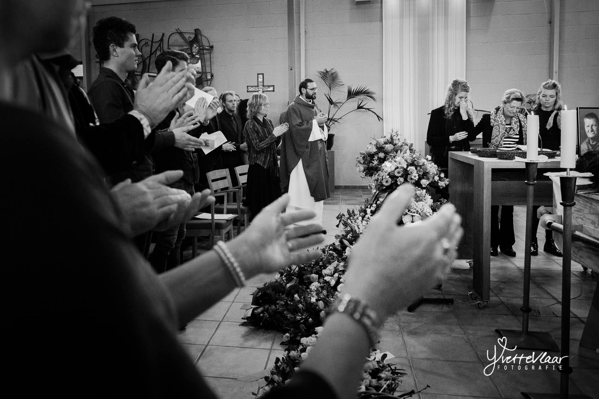 Yvette-uitvaartfotografie-Waerdselanden-crematorium-Heerhugowaard-010