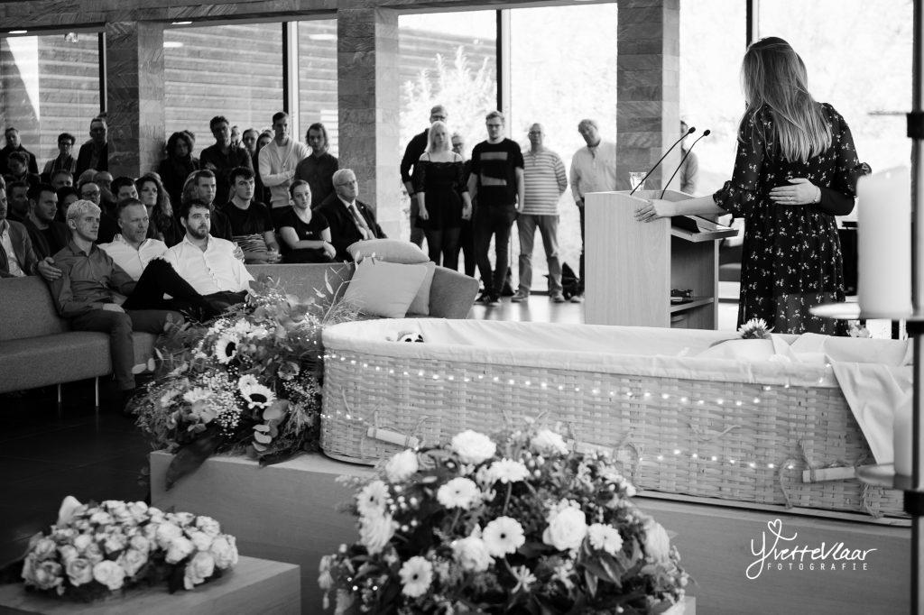 afscheidsfotograaf-westfriesland-kerk-crematie-009